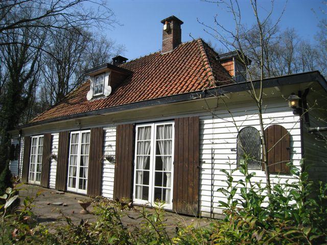 Houten huis aijer jos bedaux - Houten huis ...